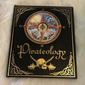 PIRATEOLOGY BOOK Pirate